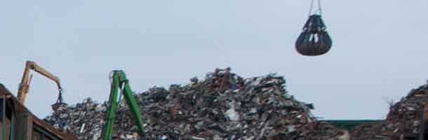 Recycled trash is gathering severely in ports